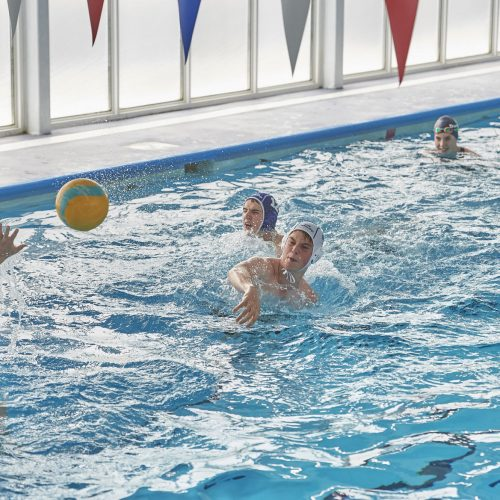 swimming lessons at dunottar school