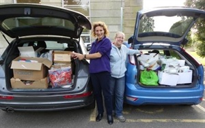 Dunottar School donates Carloads of Food to Loveworks