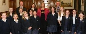 Dunottar Choir Sings at Holocaust Memorial Service
